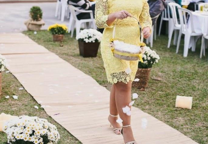 decoração Rustica  Cestas para Floristas e almofadas para alianças