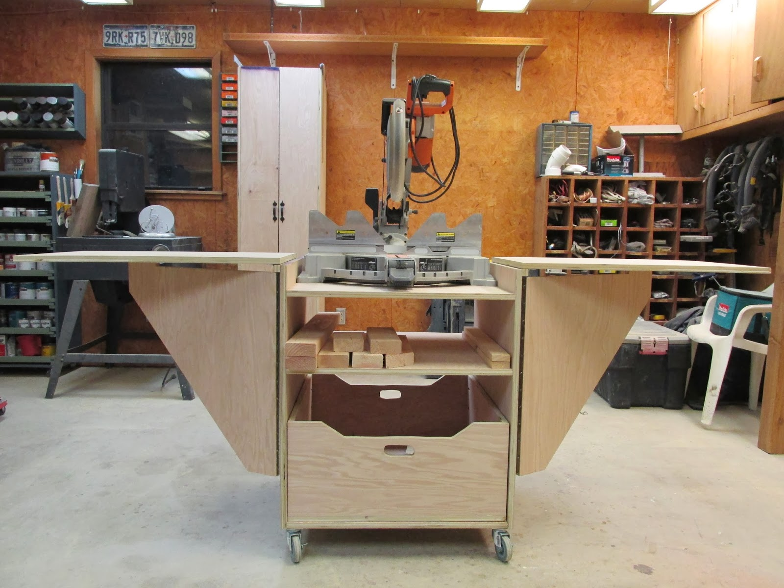 Wilker Do S Diy Miter Saw Stand