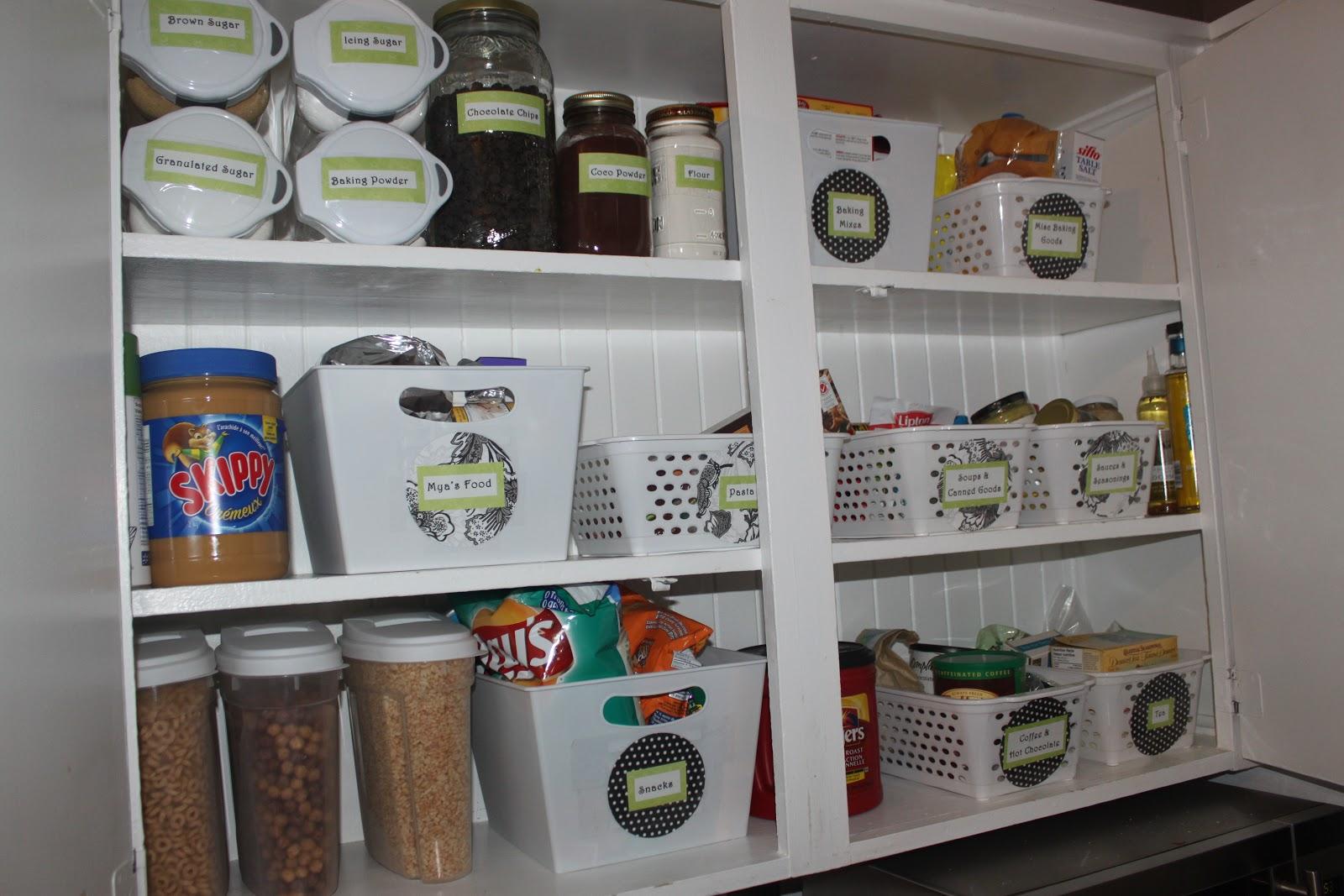 Ahh...organized Kitchen Cupboards
