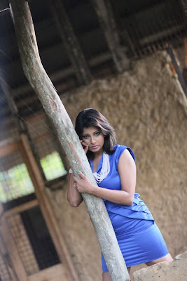 Nadeesha Hemamali hot photo