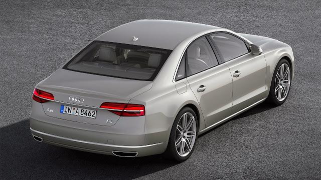 Audi A8 back top