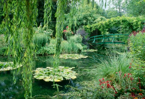 Diary of a simple gardener gardens i 39 d love to visit for Monet s garden france