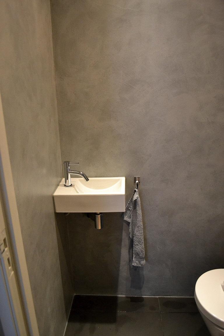 Landelijk at home betonlook - Muur wc ...