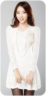 model gaun
