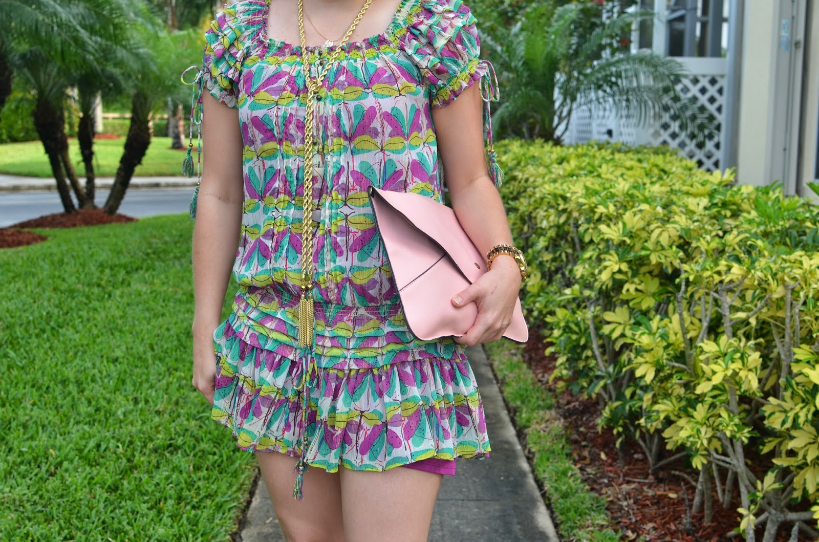 Summer dress - pink clutch