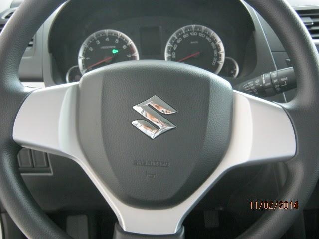 vô lăng trợ lực điện của Suzuki swift