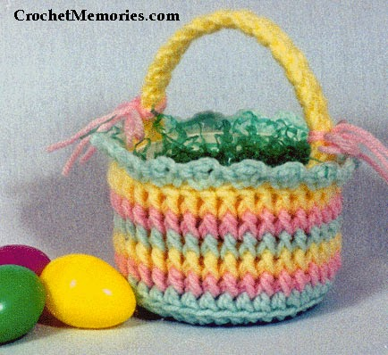 Free Pattern Crochet Easter Basket : Crochet Memories Blog: Free Pattern - Easter Candy Basket