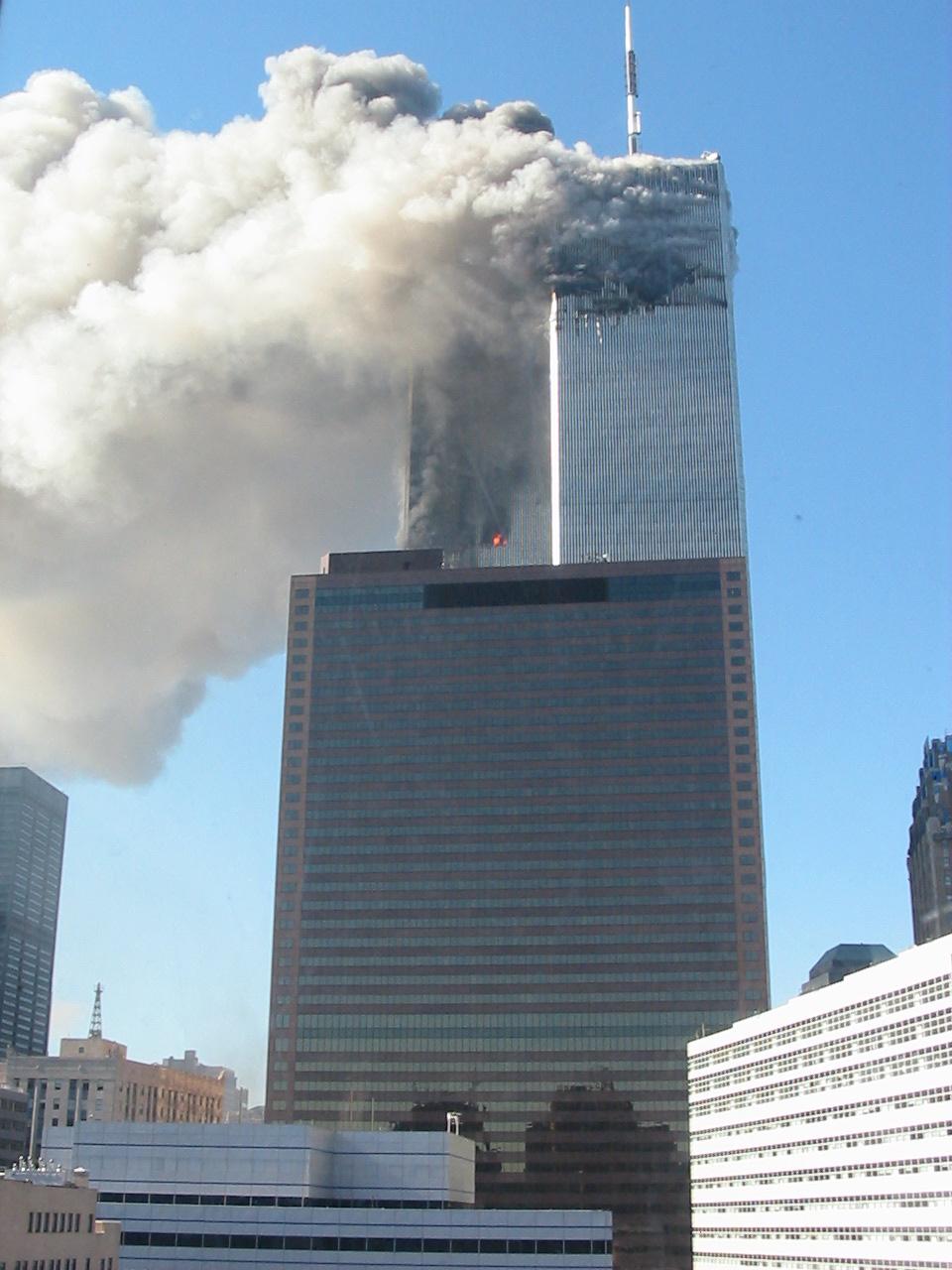 Tims 9/11 Archiv: Bilder von Feuer, Einsturz und