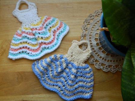 Knitting and Sewing My Way Through Life: Dishcloth Dresses ...