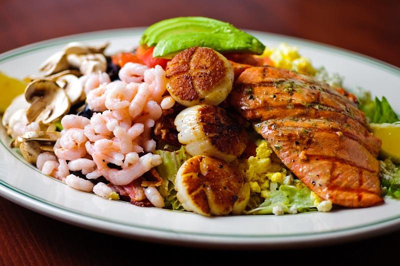 Recipe for success winning restaurant family makes splash for Big fish restaurant