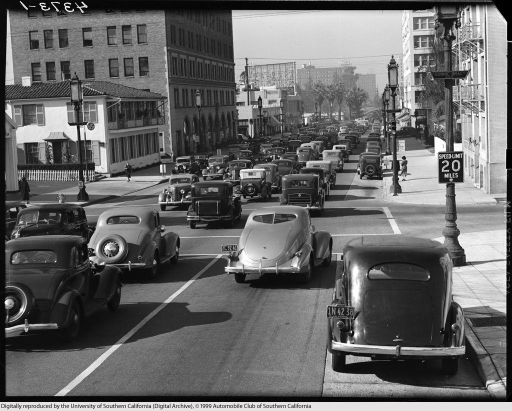Wilshire Blvd., at Bonnie Brae, Westlake district, LA. 1937