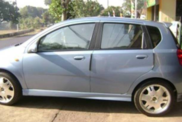 Body samping chevrolet Aveo