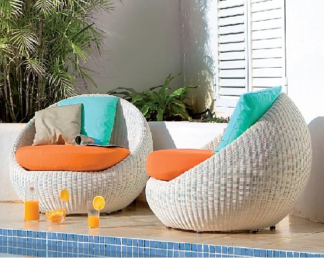 Unique outdoor furniture designs an interior design for Cool outdoor furniture ideas