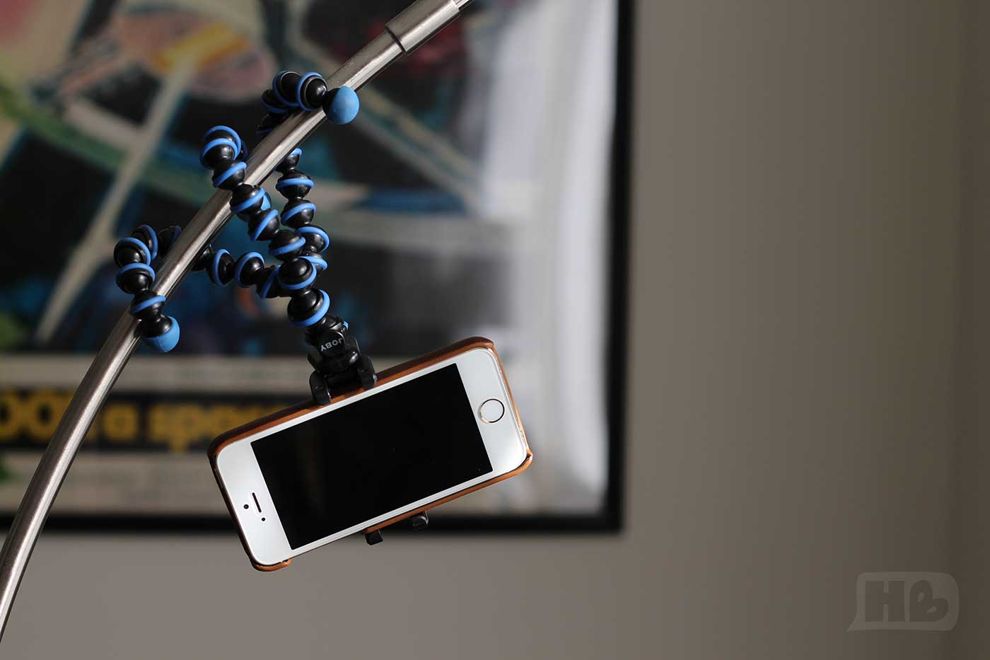 Equipment for illustration and lettering - Joby Griptight Mount for iPhone - hellobrio.com