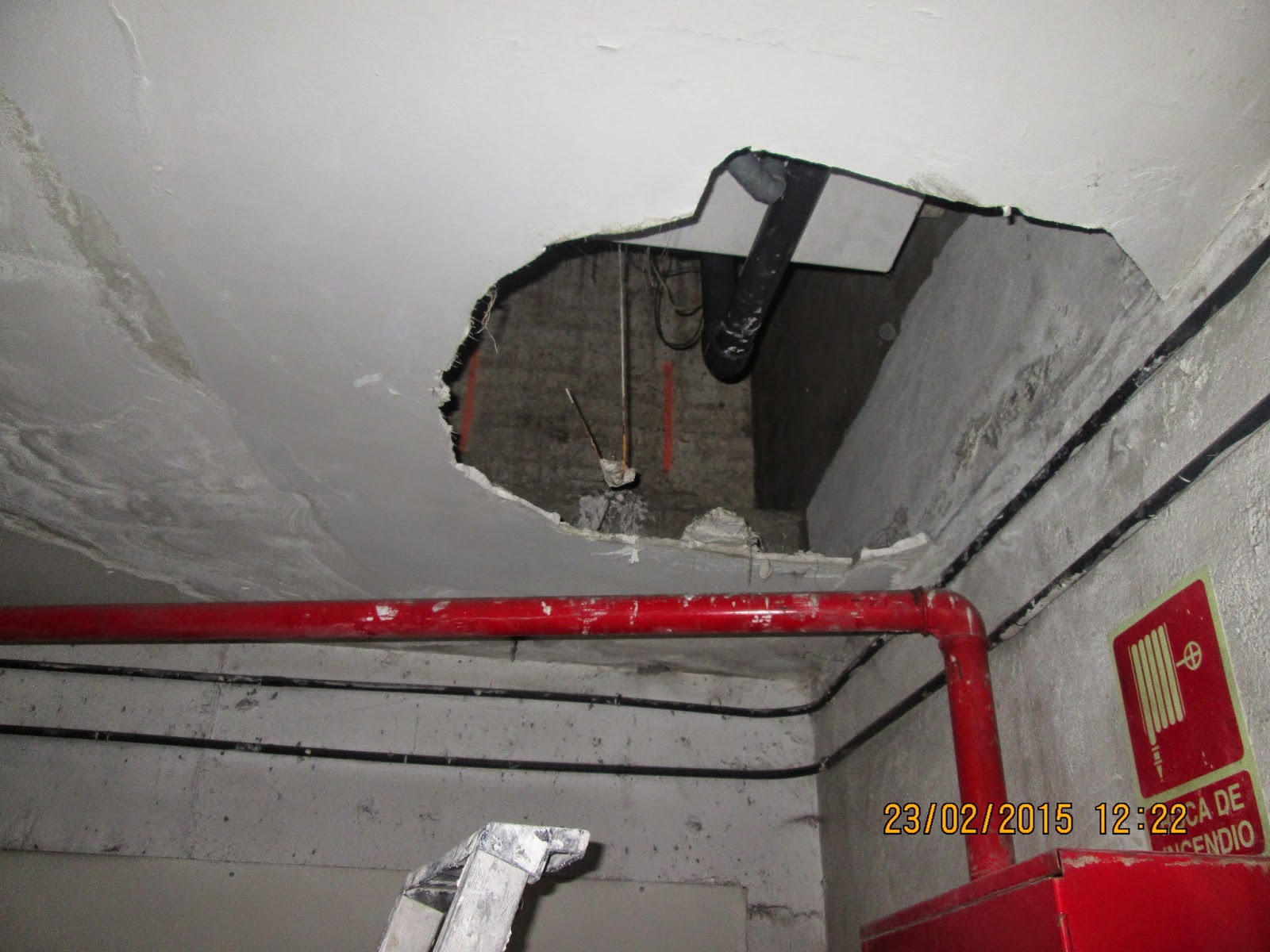 Placas de escayola para falso techo finest placa with - Pegamento para escayola ...