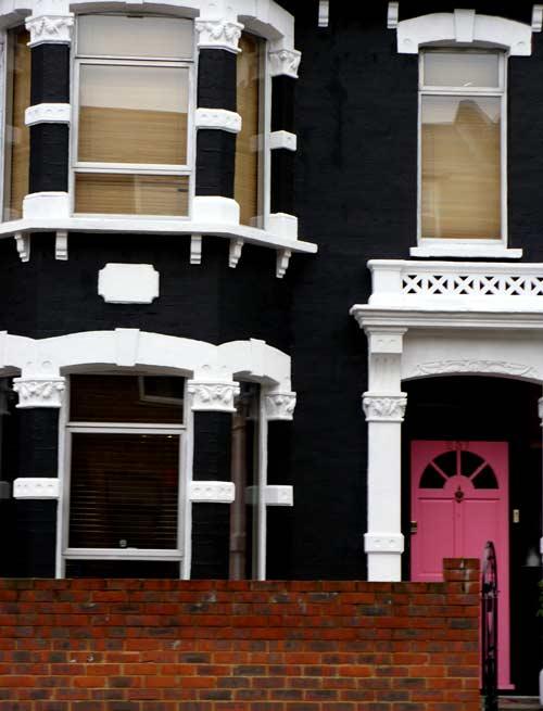 modern 24 seven black house