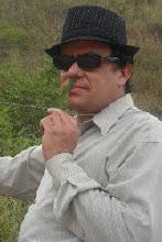 AMANDO MUITO
