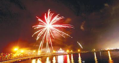 pesta kembang api di Ancol