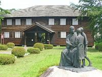 代用教員も一年半ばで退職、故郷渋民村を去って北への漂泊、新聞社を函館、札幌、小樽、釧路と転任した。