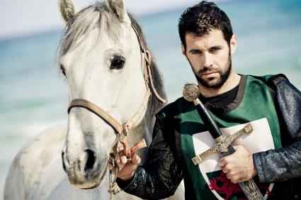هل تغيرت مواصفات فارس احلام النساء - فارس وسيم حصان ابيض - knight white horse handsome man