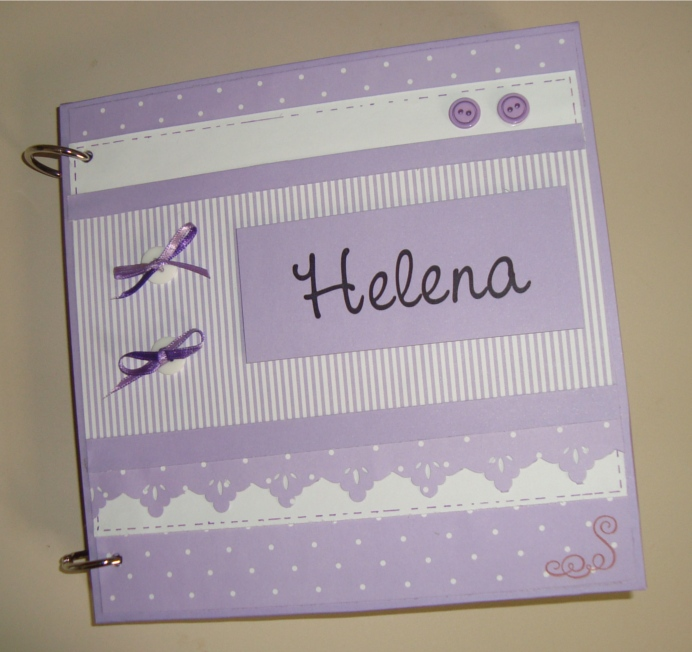 http://wllyjuliana.blogspot.com.br/2011/08/album-do-bebe-de-scrapbook-helena.html