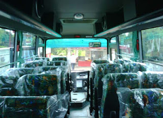 tempat duduk Bus