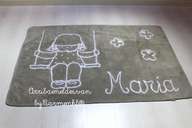 alfombra-infantil-gris