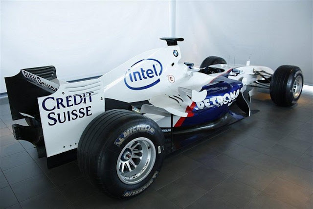 A Real BMW-Sauber Formula One Car Is For Sale On Sweden's Craigslist Blocket.se