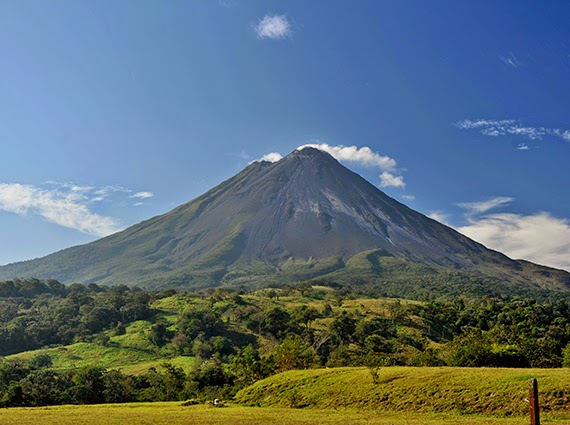 Costa Rica Tourist Spots and Attractions