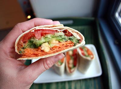 Oppskrift Vegan Vegetar Sunn Lunch Wrap Lefse Tortillalefser Hummus Grønnsakswrap