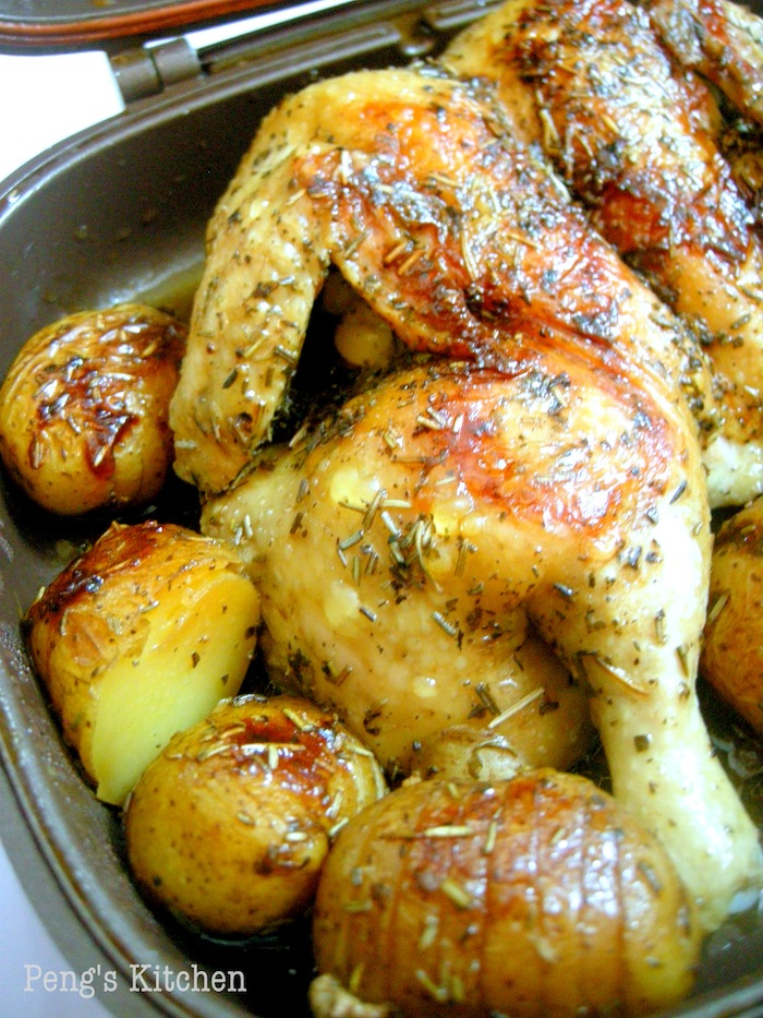 Peng's Kitchen: Roast Mixed Herbs Chicken & Potatoes by HCP