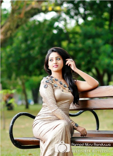 Vinu Udani siriwardana cute pictures