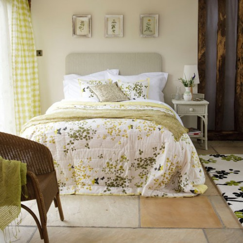 Bedroom Wall Decor Green : Bedroom design decor bright green