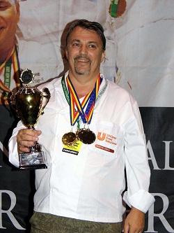 CUPA și LOCUL I la Campionatul Internațional de Gătit în aer liber - Arad 2012