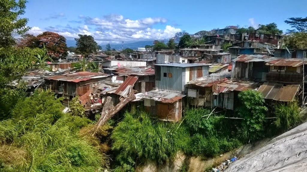 barrios nicas en costa rica