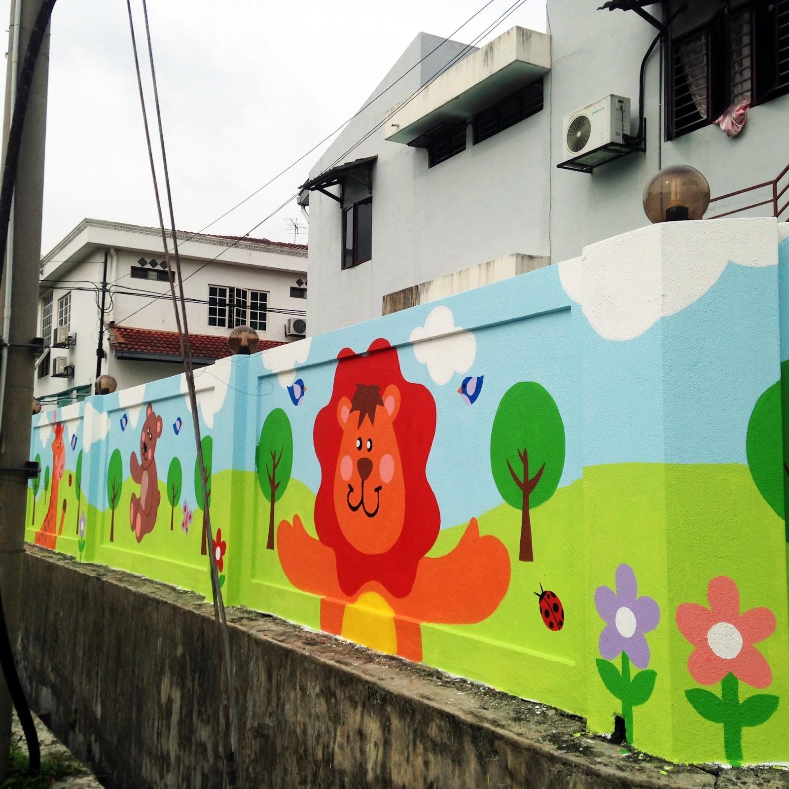 Warna arts mural playful child like cute animals for Mural tadika