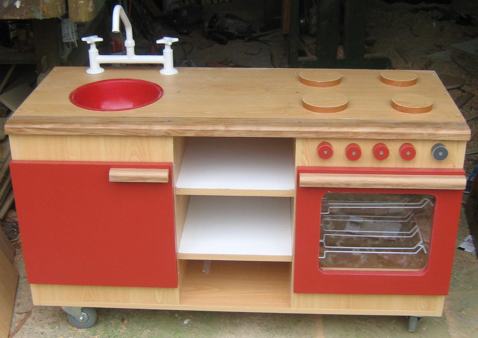 Cocina de madera para ni os imagui for Cocina infantil madera