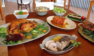 ¿Qué cuesta más: cocinar tu cena navideña o comprarla hecha?