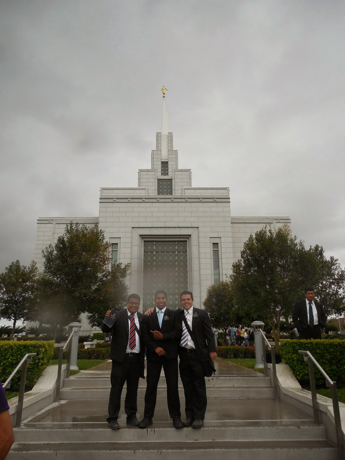 Giant Temple Trip, Oct. 2014