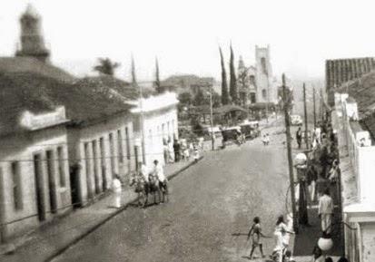 Final dos anos 1930 - Ruas sem calçamento.