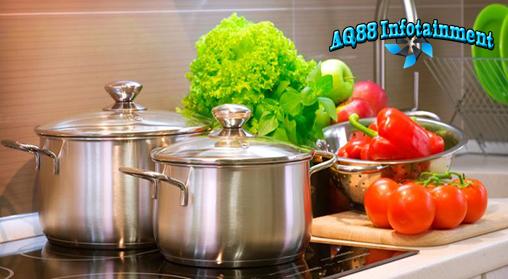 Pernahkah Anda mendengar bahwa kita tidak boleh memanaskan sayur bayam dua kali? Isu yang beredar adalah jika kita memanaskan sayur bayam dua kali, maka sayur itu akan beracun. Benarkah hal tersebut?