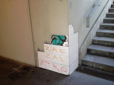 Zugló, XIV. kerület, street art, burkolás, csempe, aluljáró, Papcsák Lajos