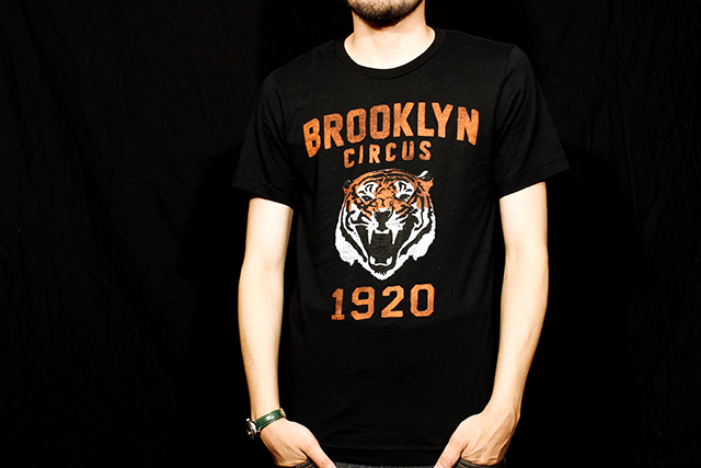 "The Brooklyn Circus ""Tiger"" T-shirts size S 7,344yen"