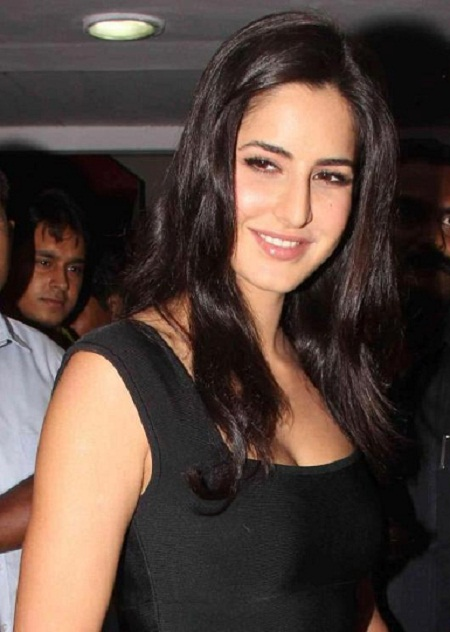 Katrina Kaif hot Images in T Shirt