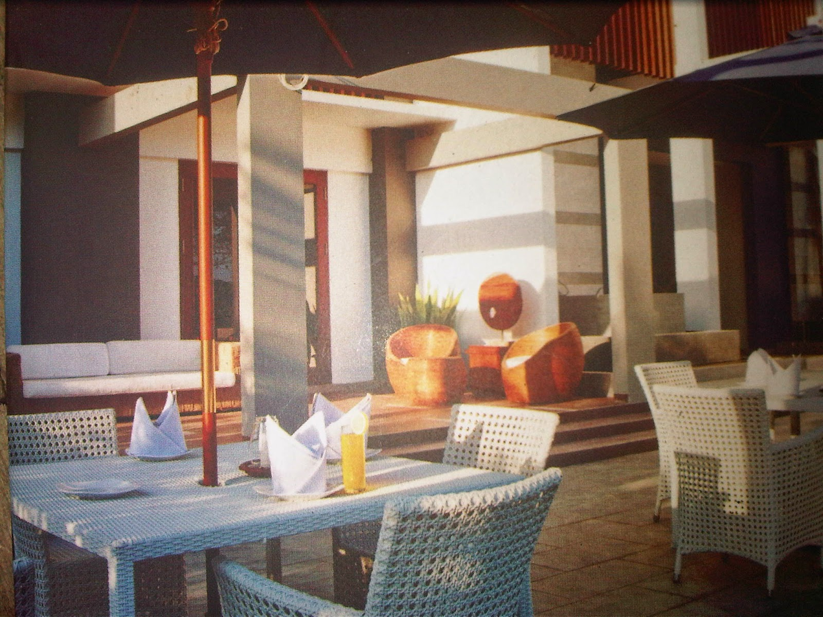 http://pantaiku-ini.blogspot.com/2014/07/hotel-berbintang.html
