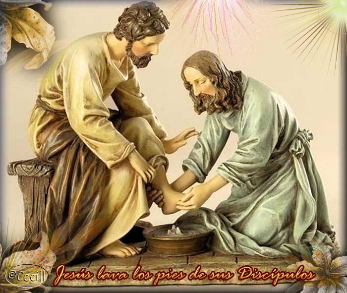 Resultado de imagen de fotos de jesús lavando los pies a los discípulos