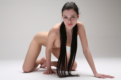Valeria A Gorgeous Brunette Getting Naked For Camera And Posing Nude (Photo Gallery)