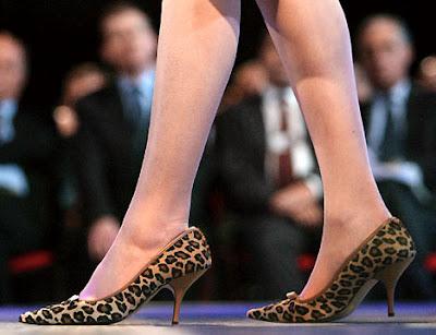 Kitten heel pumps Women Shoes