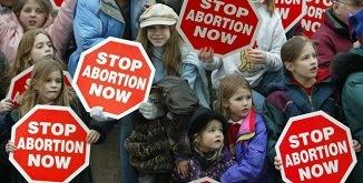 O alianță internațională împotriva avortului