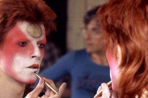 David Bowie se Expõe ao Público no Brasil